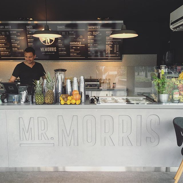 Mr. Morris - Healthy Juices, coffee and sandwiches - fab040.com