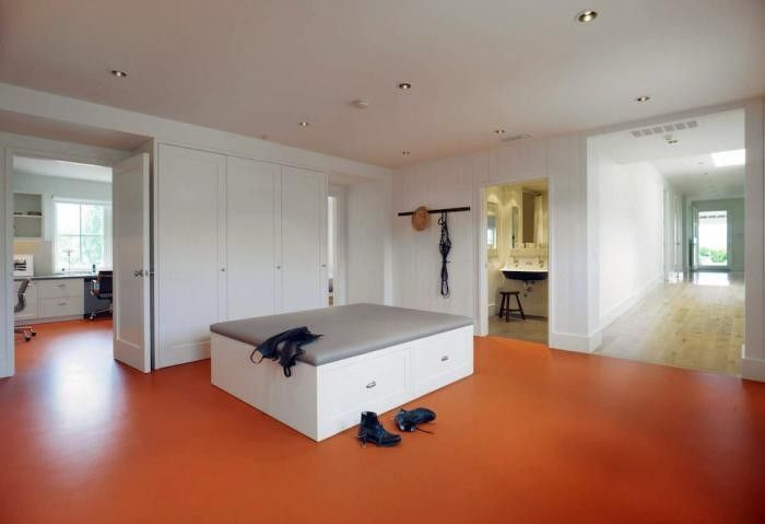 what to match with my classroom's orange/brown floor??