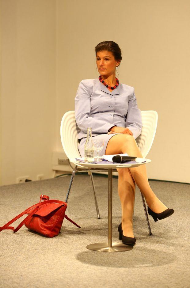 http://www.morgenweb.de/nachrichten/politik/fotostrecken/wagenknecht-und-geissler-in-ludwigshafen-1.2298284