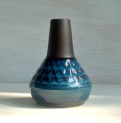 Potshots: Soholm vases by Einar Johansen. The Blue Series.