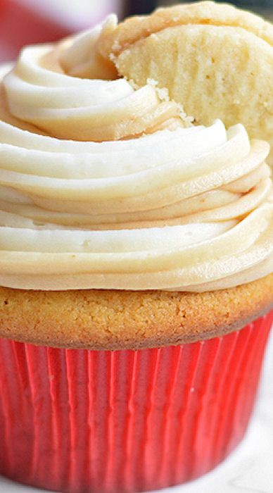 Cookie Butter Cupcakes Recipe | Beth Cakes