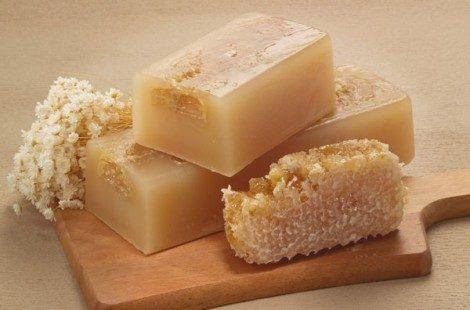 Хозяйственное мыло — ценнейший по своим чистящим и антибактериальным свойствам продукт. Его можно использовать в самых разных ситуациях.