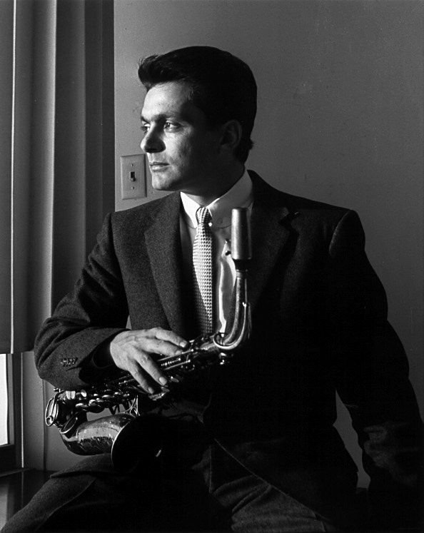 Art Pepper at a photo shoot for the Contemporary Record label - mid-1950s // probably by William Claxton