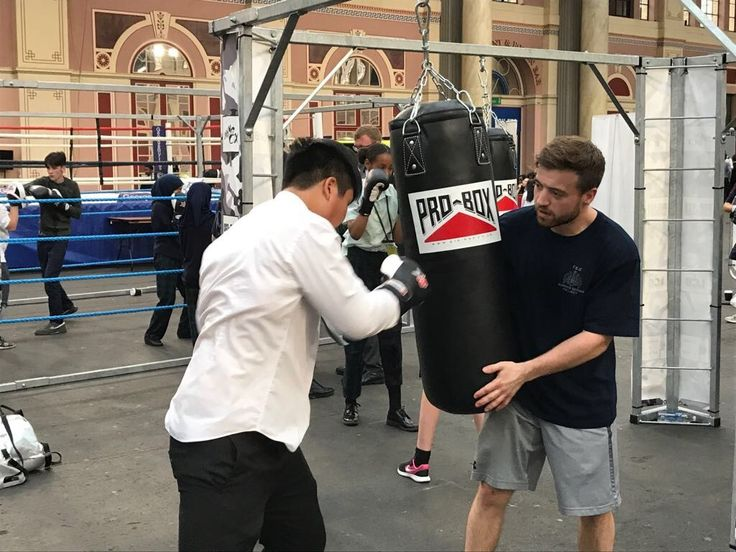 Officers host Haringey boxing event http://news.met.police.uk/news/officers-host-haringey-boxing-event-247877?utm_campaign=crowdfire&utm_content=crowdfire&utm_medium=social&utm_source=pinterest