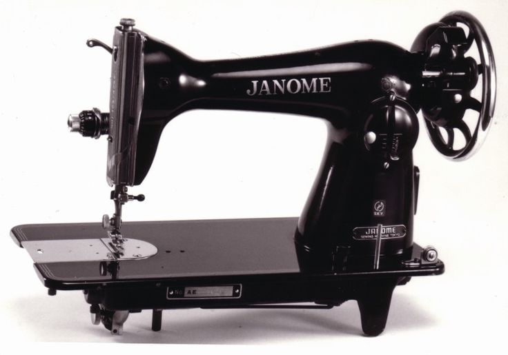 history of sewing machine