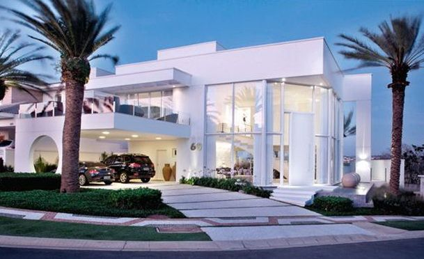Peachy Best Mansions In The World The World To Find Some Of The Largest Home Design Picture Inspirations Pitcheantrous