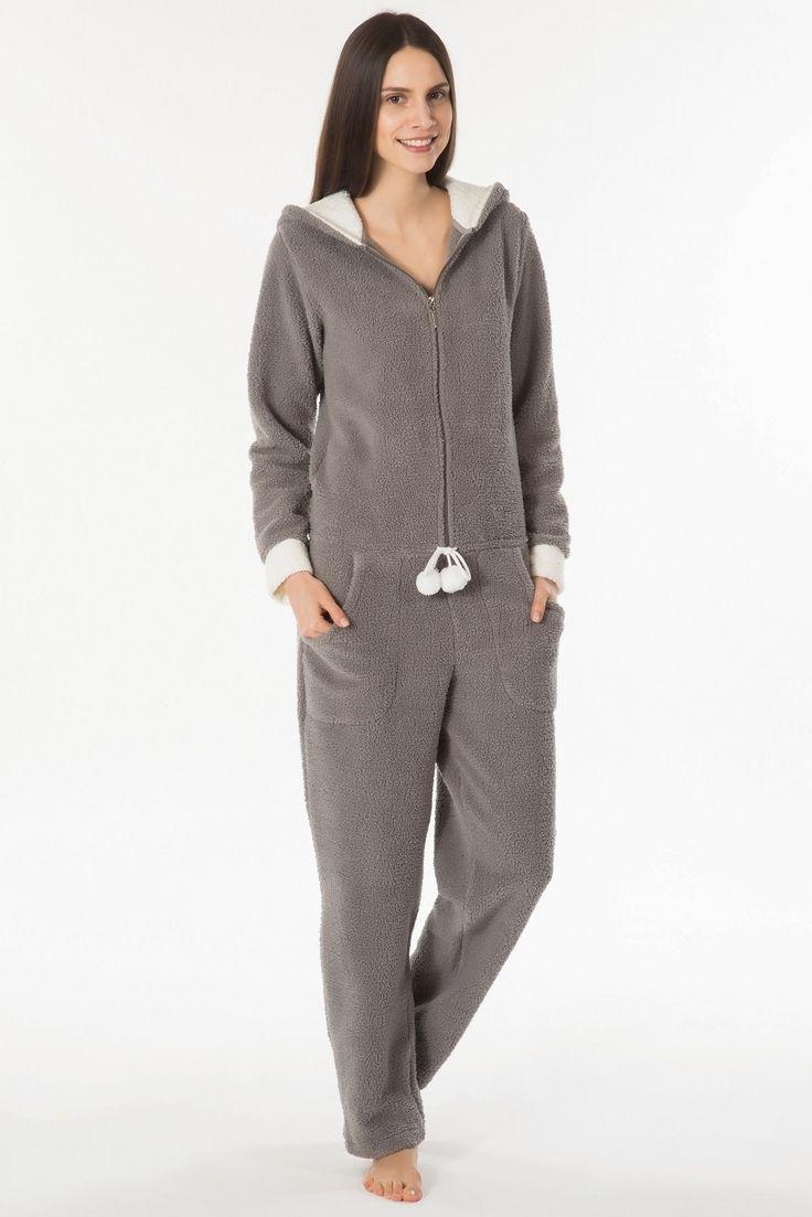 Soğuk günlerde ev keyiflerinize eşlik edecek sıcacık bir tuluma ne deriniz :) ? Kom Teddy Kapüşonlu Tulum 61PJ60411 https://www.mark-ha.com/ev-giyimi #markhacom #tulum #tulummodelleri #kış #evkeyfi #evgiyim #bayangiyim #pijamatakım #pijama #bayanpijamatakım #gri #polar #kom