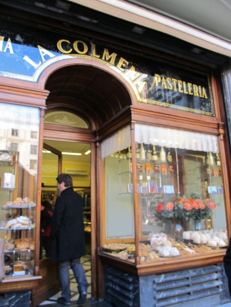 Pastelería La Colmena