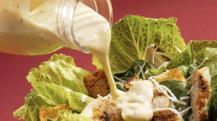 Главное в салате — это… соус! 5 рецептов легких соусов!