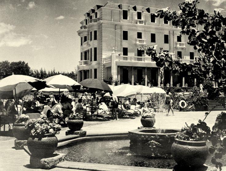 Hotel-Polana -  O HOTEL POLANA EM LOURENÇO MARQUES, ANOS 1950 Filed under: EMPRESAS, Hotel Polana, LM Hotel Polana, LM Polana — ABM @ 18:42 1950