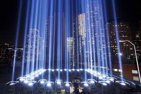 Afbeeldingsresultaat voor twin towers memorial lights