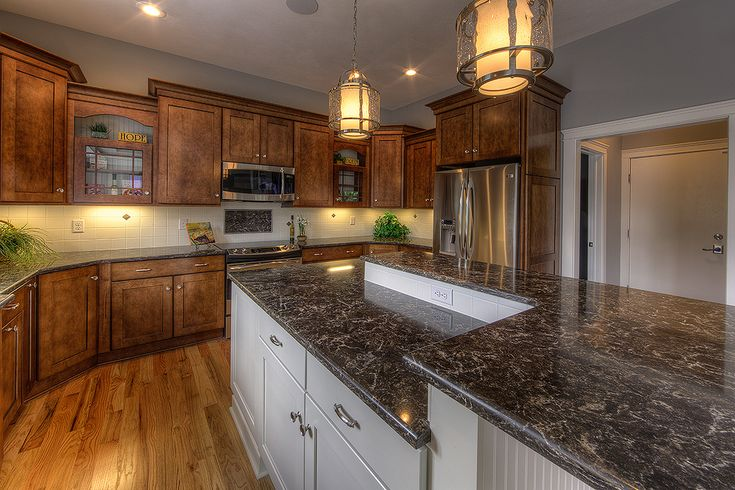 Pictures of cambria kitchens laneshaw cambria quartz - Images of kitchen countertops ...