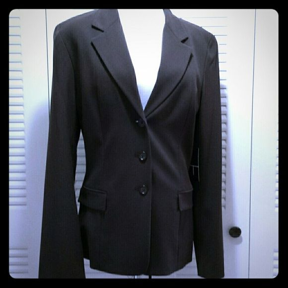 NWT- T Tahari brown  career  blazer Hibiscus  Coffee  Bean Brown  3 Button lined career  blazer. Polyester  Rayon  & Spandex T Tahari  Jackets & Coats Blazers