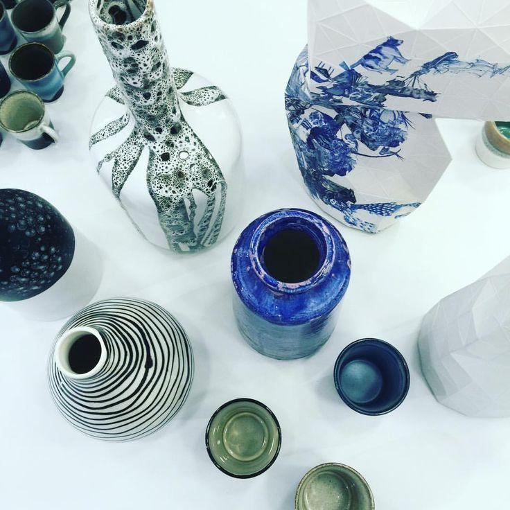 #hkliving #pepeheykoop #papervase #pottery #vase #cups #glaze