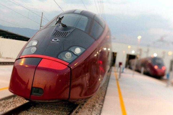 "The ""Ferrari Train"": Italo's super train with 450 seats and 300 km / h traveling through Italy"