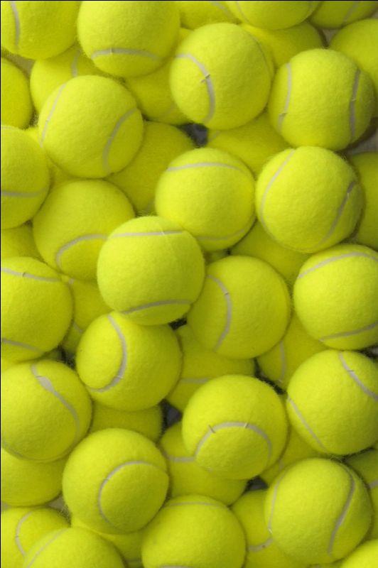 I love this tennis ball iPhone lock screen/home screen ...