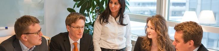 Grönberg Gunnard Advokatbyrå har bildats genom samgående mellan Grönberg Cederlöv Advokatbyrå och Advokatfirman Gunnard & Co. Båda byråerna har lång och gedigen erfarenhet av svensk och internationell affärsjuridik. Genom samgåendet har vi förstärkt resurserna och breddat kompetensen för att på bästa sätt kunna tillvarata våra klienters intressen.