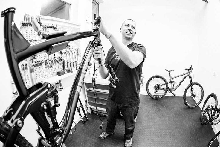 Ed Brazier, owner of Airdrop Bikes with the Edit prototype Dirt - interview workshop