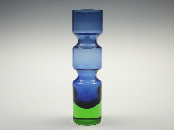 Aseda blue and green glass vase by Bo Borgstrom
