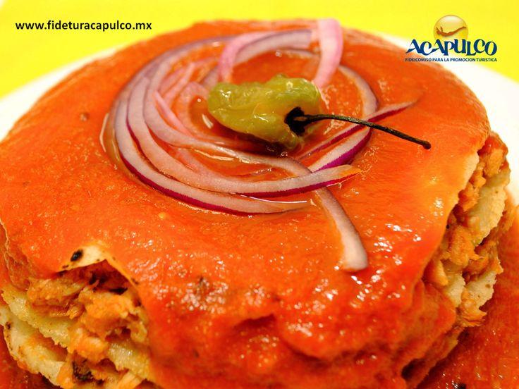 https://flic.kr/p/SvgZJu | Pan de cazón en El Amigo Miguel de Acapulco. GASTRONOMÍA DE MÉXICO 2 |  #gastronomiademexico Pan de cazón en El Amigo Miguel de Acapulco. GASTRONOMÍA DE MÉXICO. En el restaurante El Amigo Miguel de Acapulco, encontrarás el delicioso pan de cazón, que es un platillo de la cocina mexicana hecho con tortillas de carne de este pescado, frijoles negros y bañado en una exquisita salsa de jitomate con chile habanero. Obtén más información en la página oficial de Fidetur…