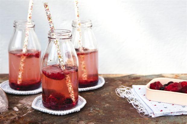 Un trago ideal para el verano con la receta que propone Juliana López May en el nuevo OHLALÁ! Cocina. ¡Probalo!