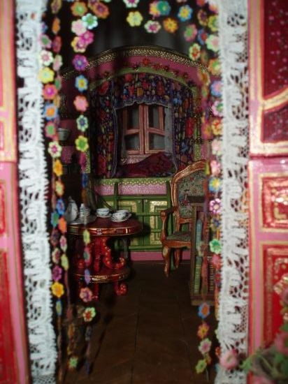 look inside the gypsy wagon