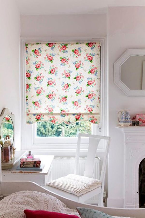 Floral Blind... Maybe glue material onto plain blind we have now in Becs room?