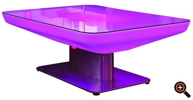 Designer Tisch – Couchtisch fürs Wohnzimmer – Holz, Glas & Metall