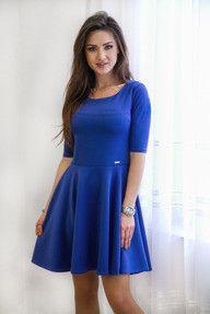 Rozkloszowana elegancka sukienka - niebieska