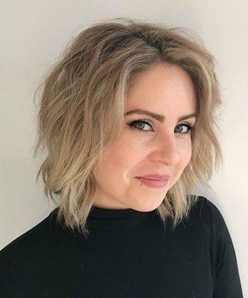 Short Messy Bob Hairstyles 2019 For Women Over 40