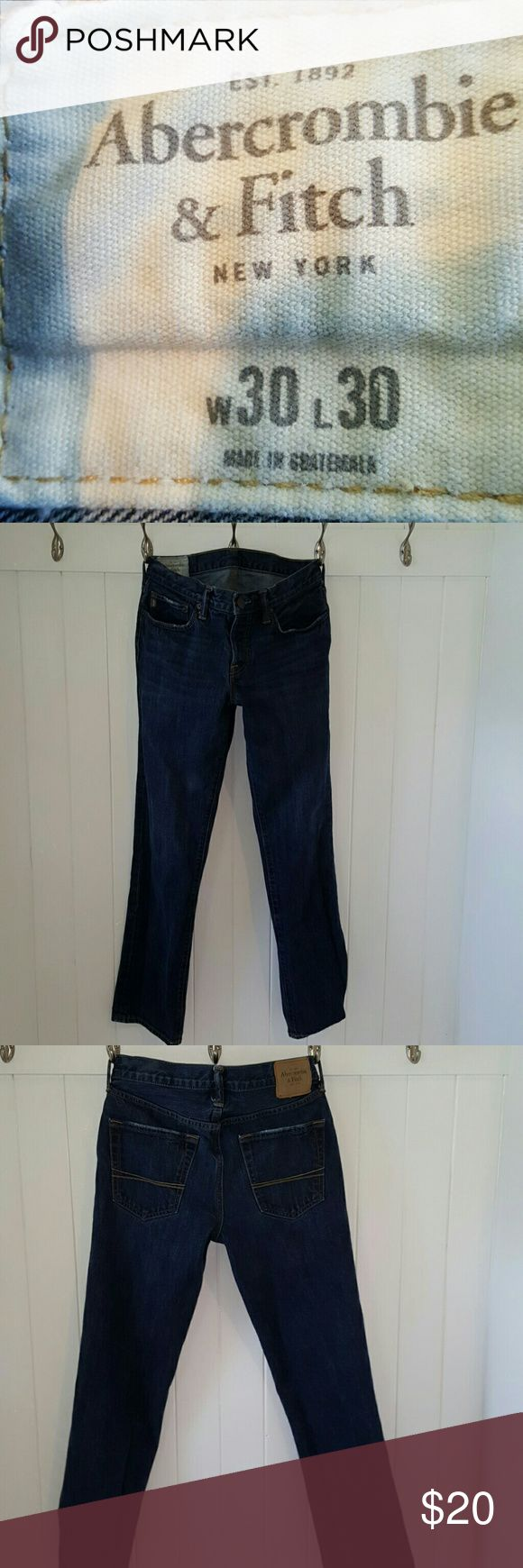 Abercrombie  mens jeans 30 / 30  SLIM STRAIGHT Abercrombie  mens jeans 30 / 30  SLIM STRAIGHT    nice dark blue   great condition  lite and dark tan stitching Abercrombie & Fitch Jeans Slim Straight