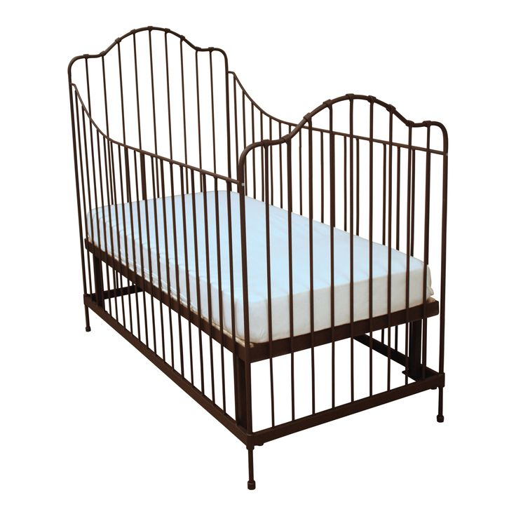 Baby Bed Nostalgie #fabsworld #metalenbabybedje #metalenbed #ijzerenbed #smeedijzeren bed #metalen ledikant #metalen bed #gietijzeren bed # vintage bed #nostalgische bedden #iron cot #iron bed #  romantische bedjes #metalen ledikantje  shop: www.metalenbabybedje.nl brand: Fabs World The Netherlands