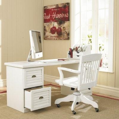 home office: Client Ideas, Cottages Desks, Desks Chairs, Offices Spaces, Placid Bedrooms, White Desks, Offices Ideas, Old Chairs, Offices Workspaces