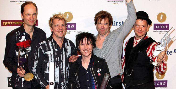 Vier ECHOs für die Toten Hosen - Musikpreis - Die Düsseldorfer Punks räumten am Donnerstagabend vier der begehrten deutschen Musikpreise ab.