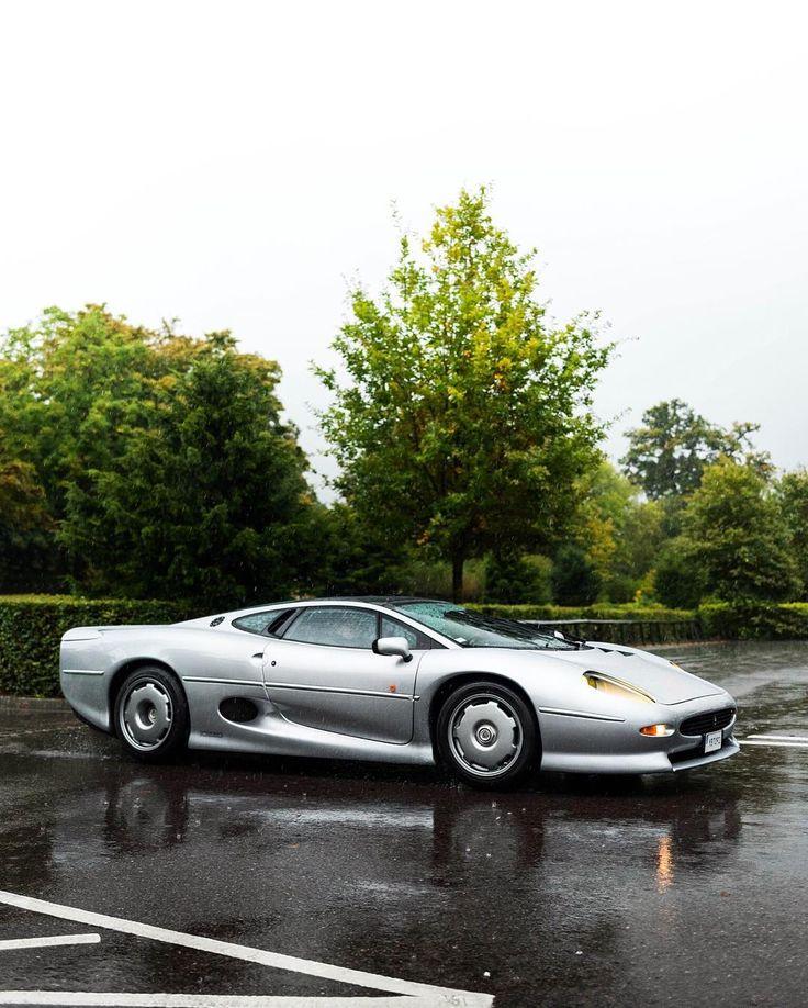 Best 25+ Jaguar Xj220 Ideas On Pinterest