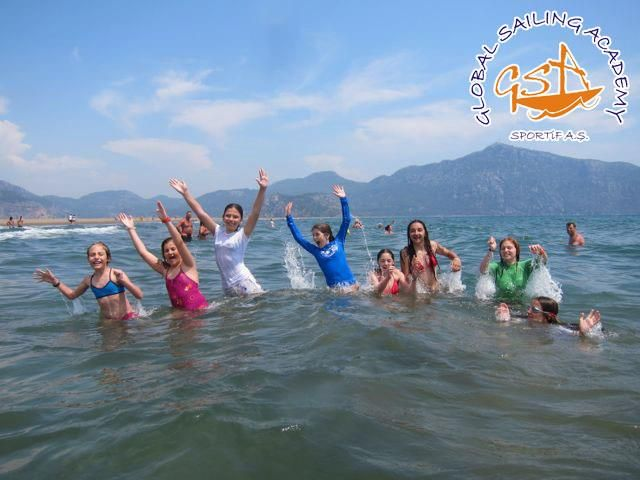 İztuzu plajı #iztutu #plaj #deniz #yuzme #beach #swimming #sea #friends #students #entertainment #eglence