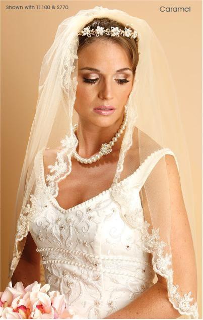 Wedding vales  | Wedding Veils – 1 Layer Mantilla elbow veil