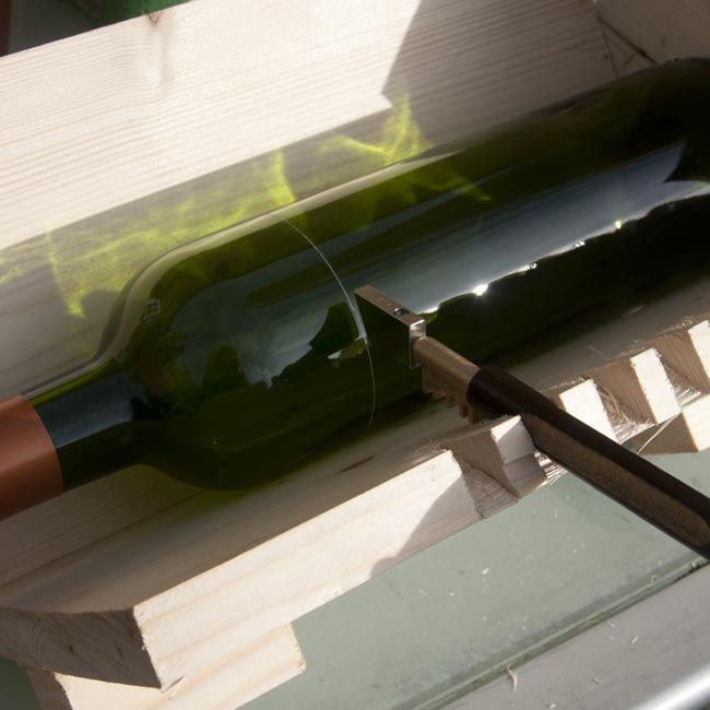 25 best ideas about bottle cutting on pinterest for Cutting glass bottles with string