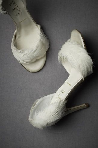 White feather shoes. Cool. White Feather Shoes High Heels Wedding