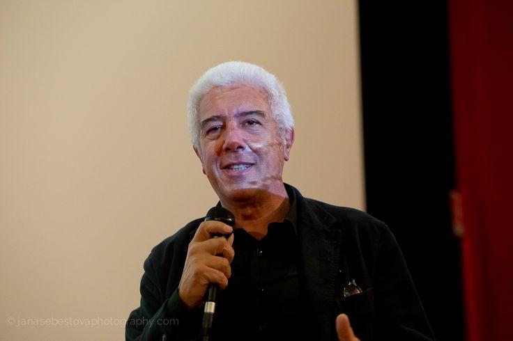 Giorgio Giani durante l'incontro del 15 ottobre con l'architetto Peter Wilson, ultimo ospite di #LookingAround, © Jana Sebestova