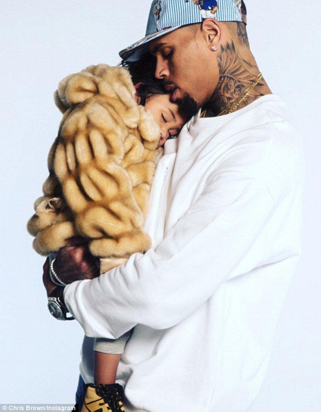 Chris Brown's ex lover 'claims he's giving daughter Royalty asthma ...