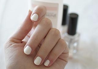 Blanco: Makeup Hair Nails, Beauty Makeup, Nails Ii, Hair Nails Skin, Hair Beauty, Favorite Nails, Summer Nails, White Nails, Nail Art