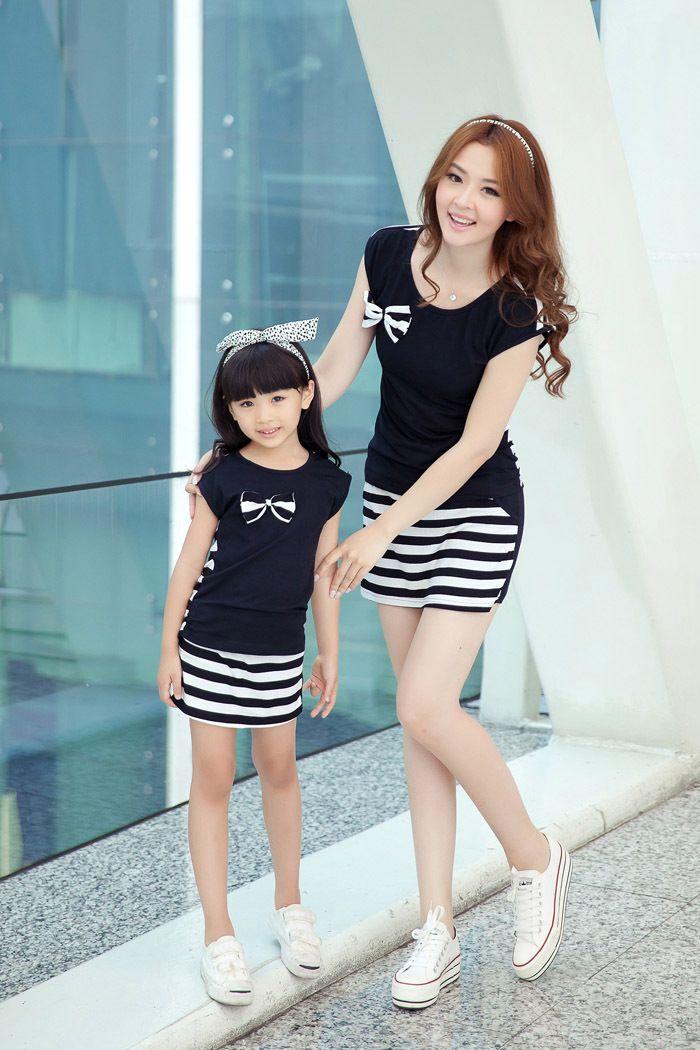 [ Одна часть цена ] лето мать и дочь с бантом - узел + полосатые шорты костюм мода семья комплект одежды