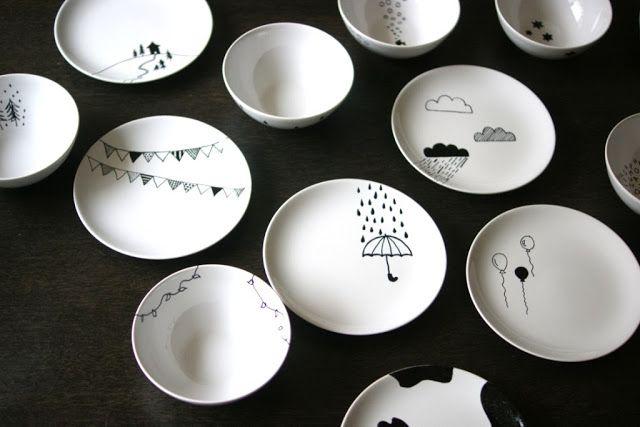 Diseña tú misma tu vajilla de porcelana blanca con estas ideas para personalizarlas dibujando. Estrena platos o tazas reutilizando las que ya tienes.