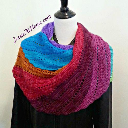 Jessie-At-Home-Skylark-in-Wonderland-Free-Crochet-Pattern