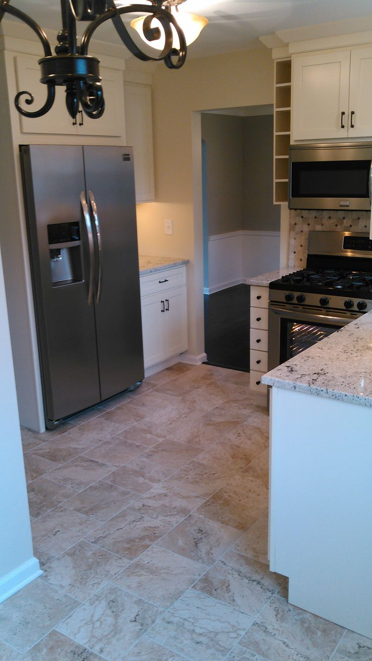 Shaker heights oh kitchen remodel canvas colored shaker for Shaker style kitchen with granite