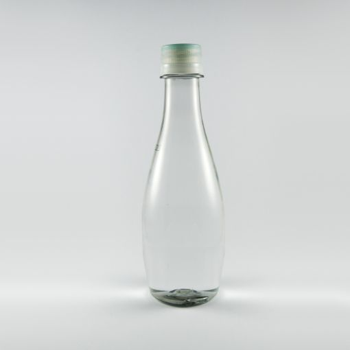Botella de agua gota