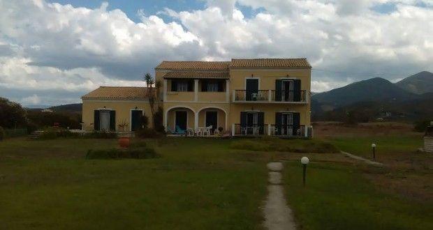 Нашата къщичка на остров Корфу   Danybon.com