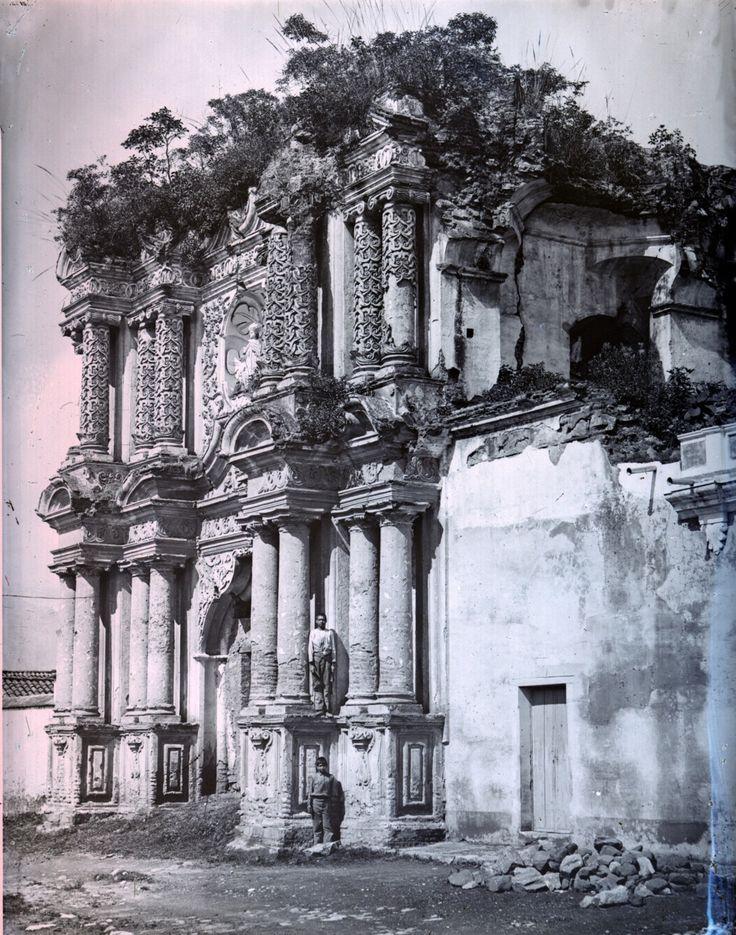 Ruins of the Iglesia de El Carmen church, Antigua, Guatemala, circa 1895.