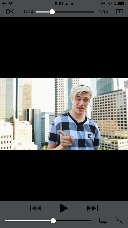 Lucky Blue Smith Facts - snapchat - Wattpad